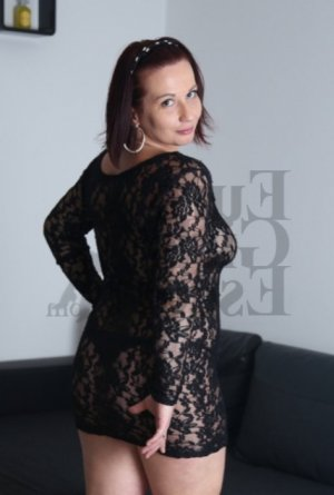 Ylenia escort girl