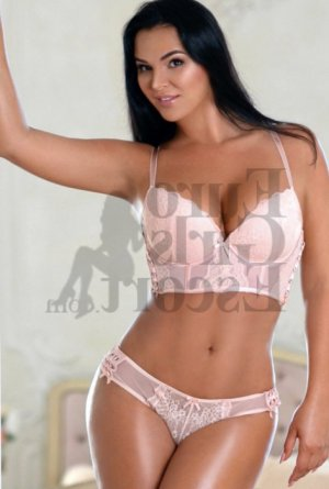Tressia escort girls