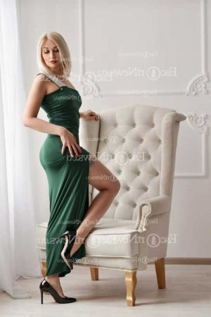 Leonore asian escort girl