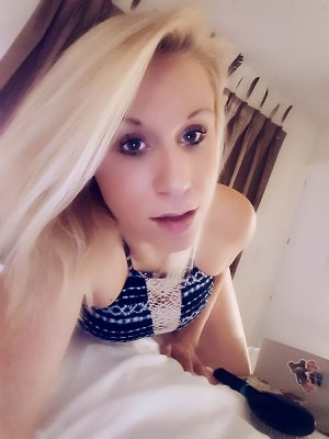 Marie-bel escort girl in Jefferson Valley-Yorktown
